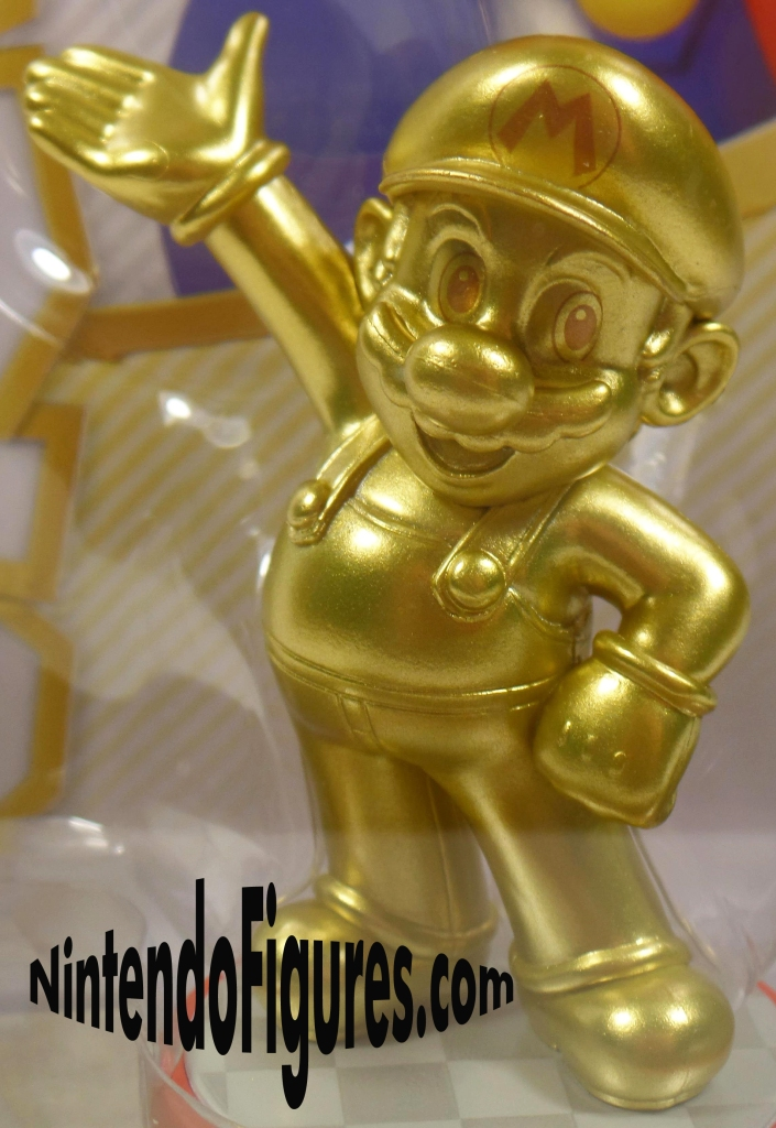 Gold Mario Amiibo Close-Up