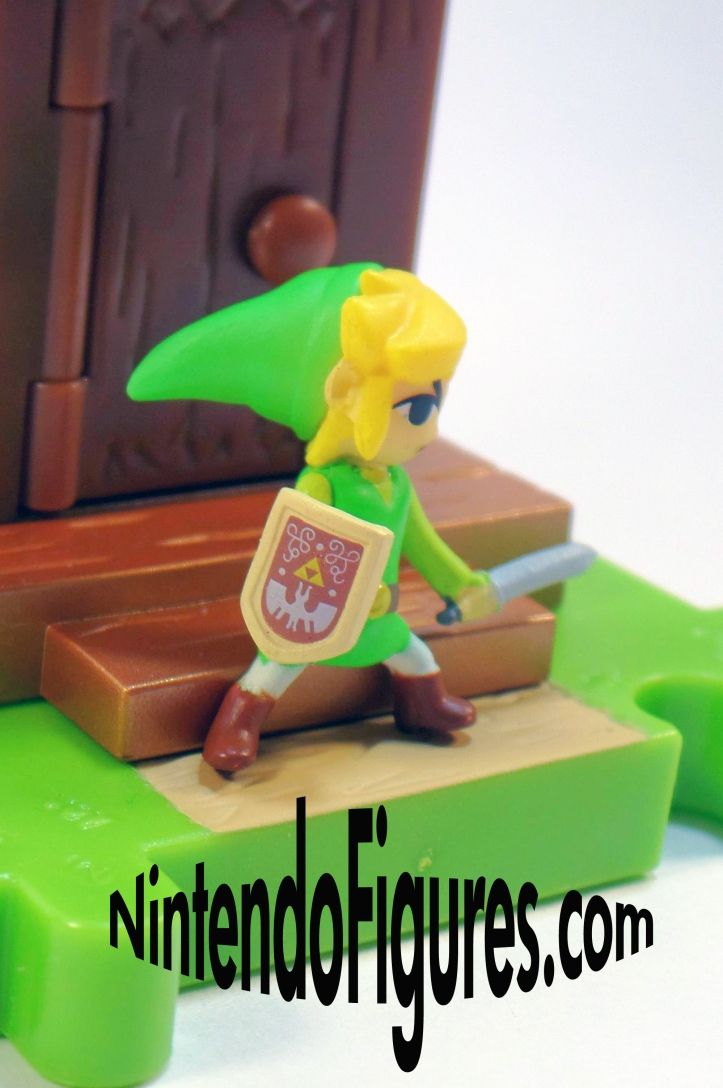 Micro Land Zelda Close Up on Shield
