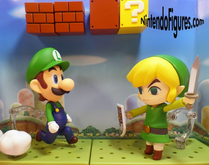 Luigi versus Link Nendoroid 2