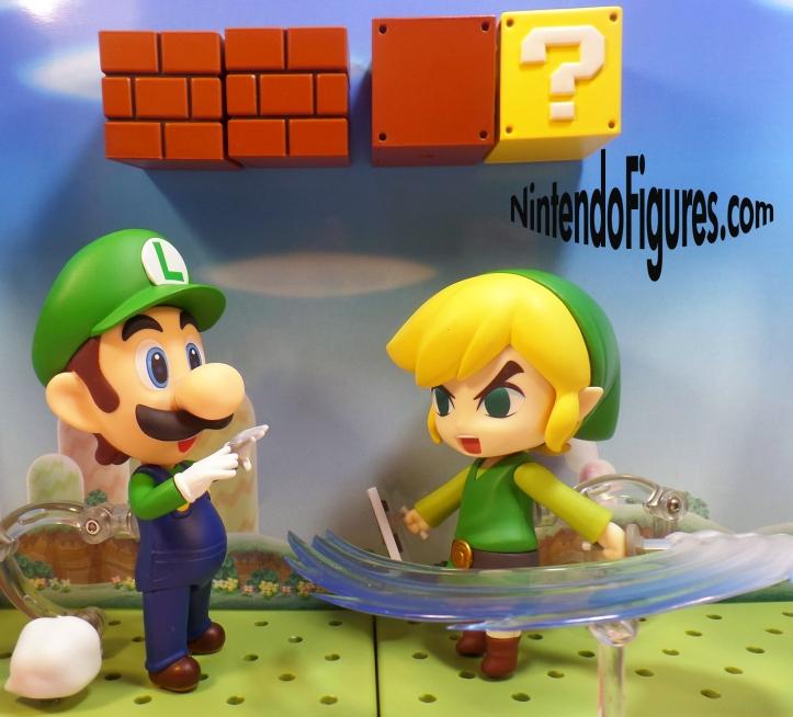 Luigi versus Link Nendoroid 3