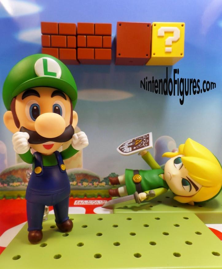 Luigi versus Link Nendoroid 7