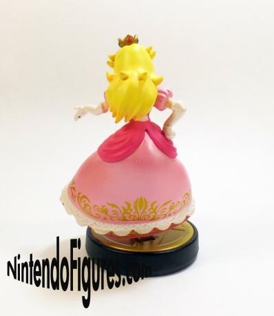 Smash Brothers Peach Amiibo Back