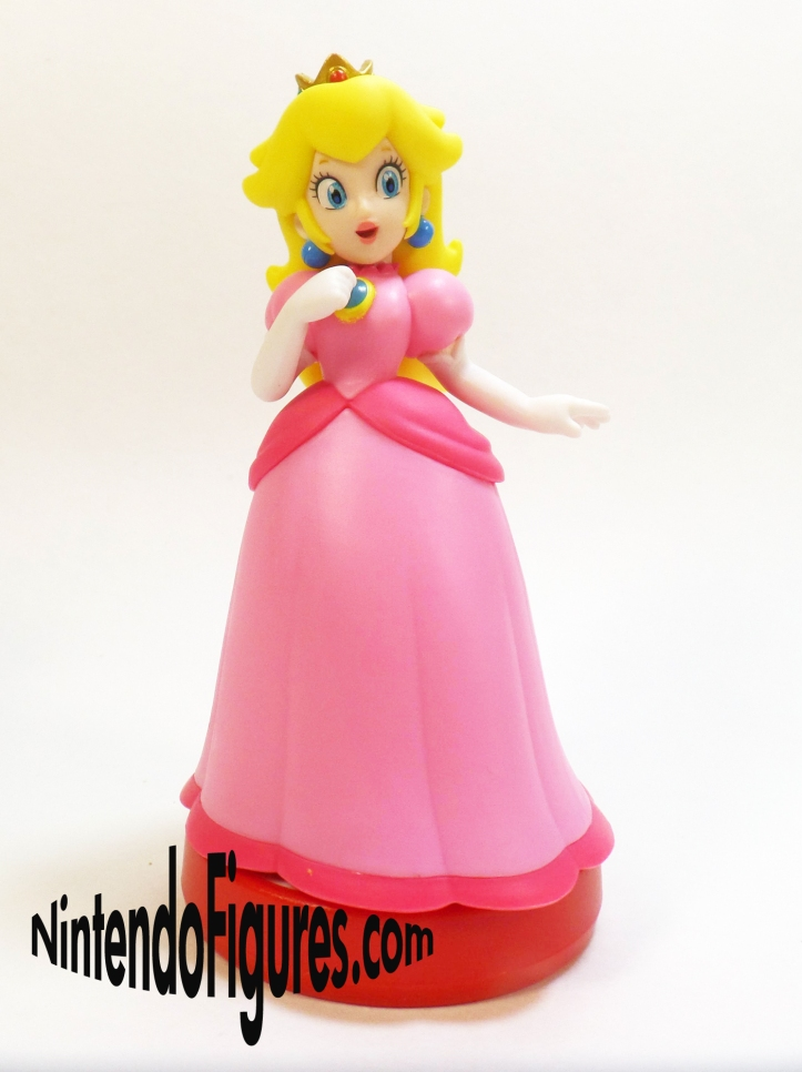 Super Mario Peach Amiibo Front