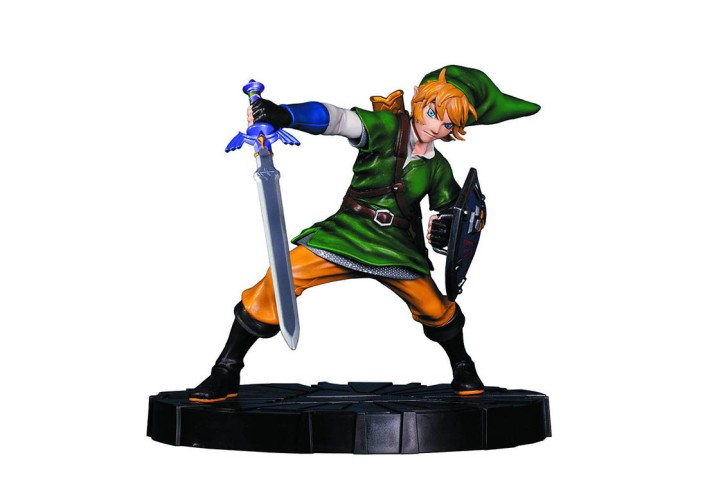Zelda Skyward Sword Link Statue Dark Horse Comics