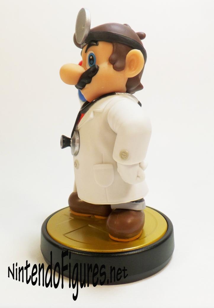 Dr Mario Amiibo Side