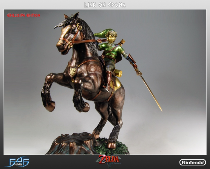 Link on Epona Exclusive Statue
