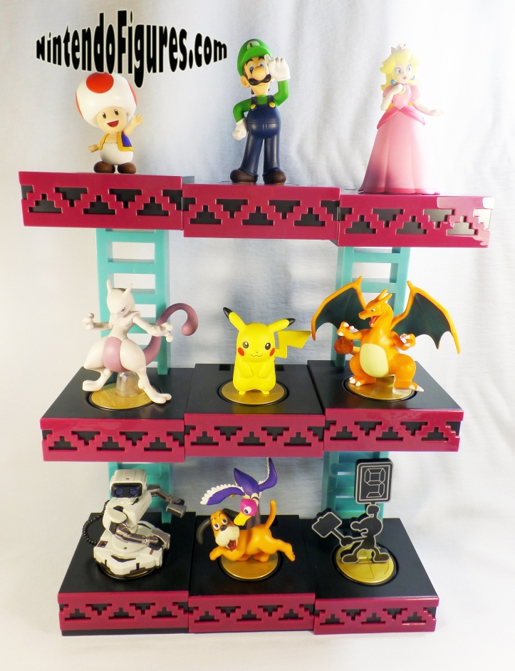 PDP-Donkey-Kong-Amiibo-Display-With-Amiibo