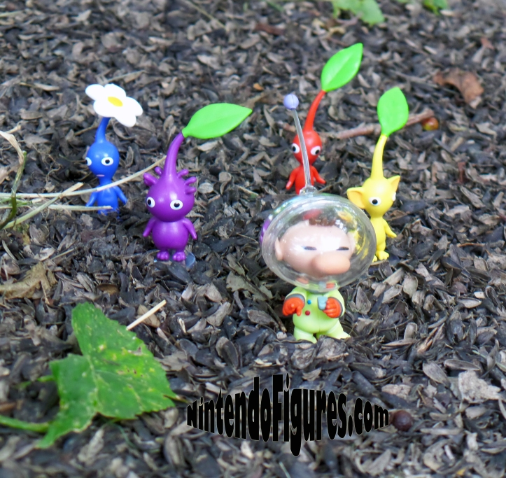 World-of-Nintendo-Pikmin-on-Ground-2