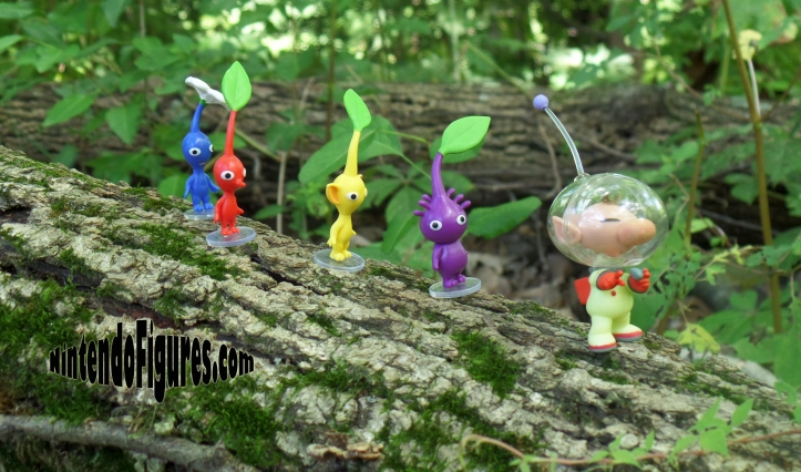 World-of-Nintendo-Pikmin-on-Tree