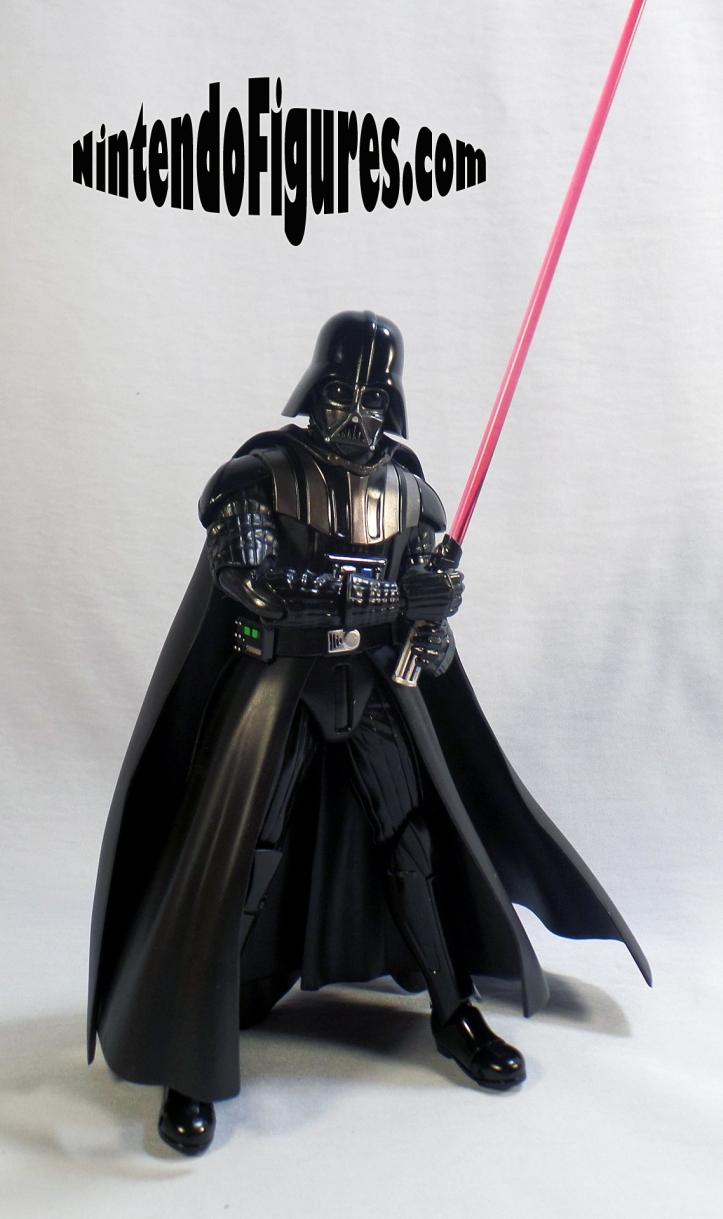 Darth-Vader-SH-Figuarts-Bandai-Pose-2