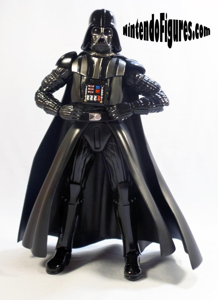 Darth-Vader-SH-Figuarts-Bandai-Pose-4