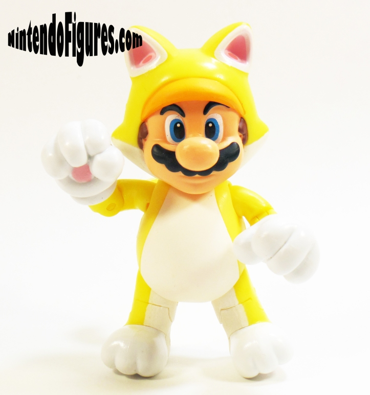 Cat-Mario-World-of-Nintendo-Pose-2