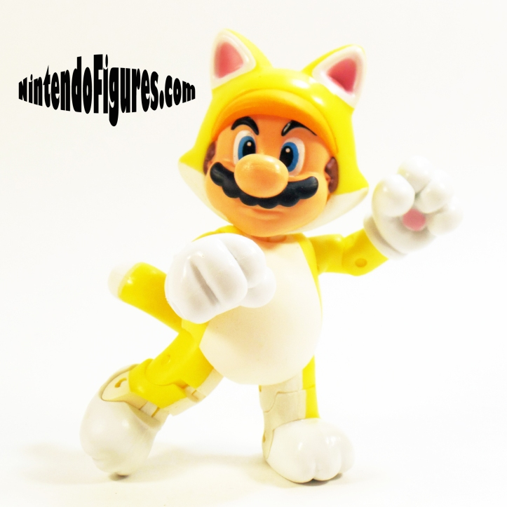 Cat-Mario-World-of-Nintendo-Pose-3
