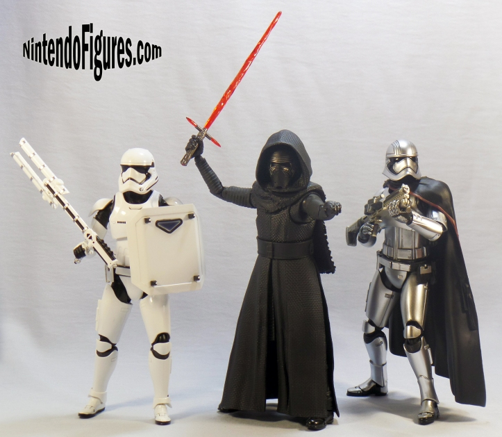 kylo ren captain phasma bandai size comparison