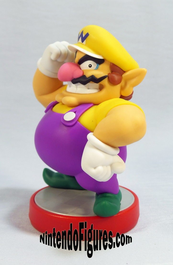 super mario wario amiibo side