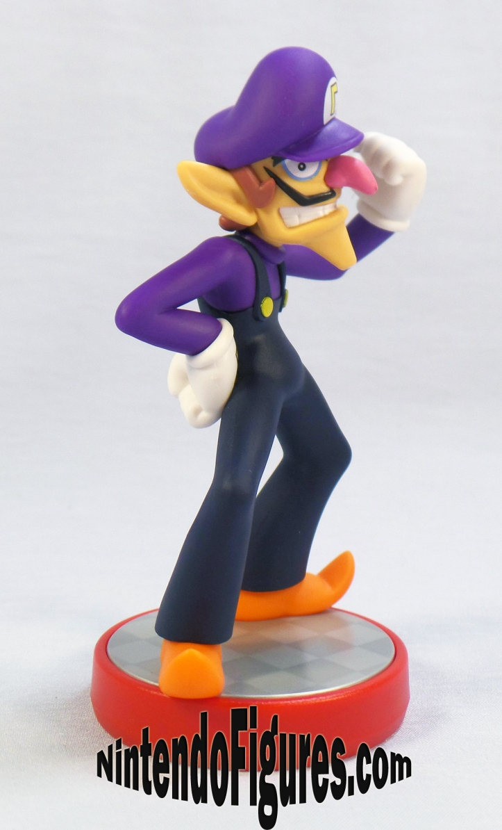 waluigi super mario amiibo side