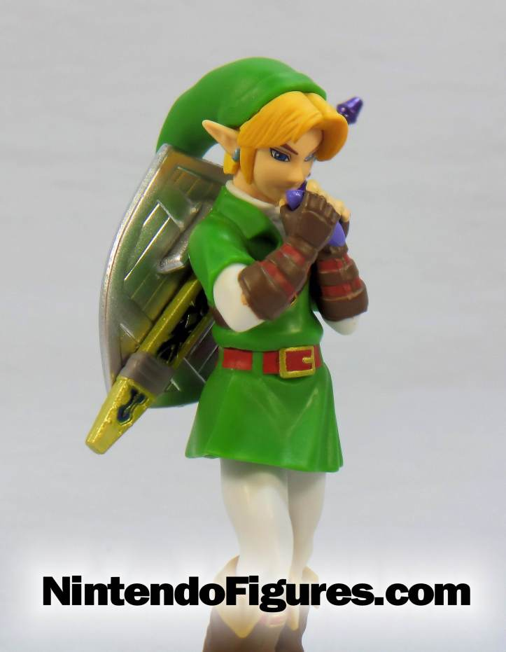 link ocarina of time amiibo side