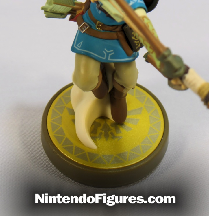 link breath of the wild amiibo base
