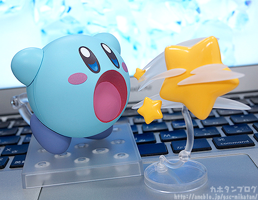 Ice Kirby Nendoroid Spitting Out Star