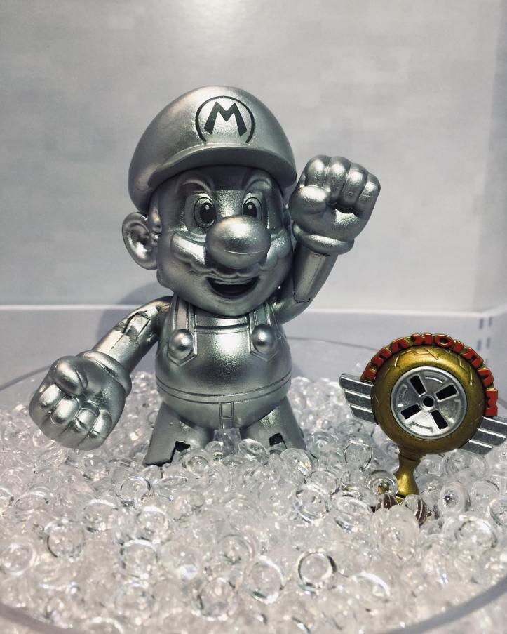 "Metal Mario and Mario Kart Trophy World of Nintendo 4"" Inch Figure Jakks Pacific"
